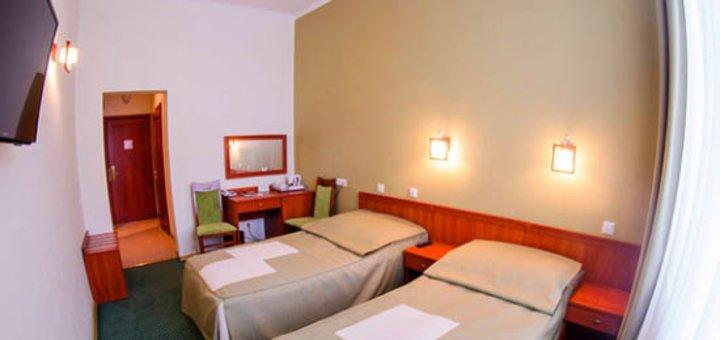 От 3 дней отдыха с 2-разовым питанием в отеле «Карпатские Зори» в Яремче