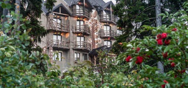 Отдых для двоих в шикарном дизайн-отеле «История» в Полянице: завтраки, баня, организация увлекательных экскурсий и многое другое